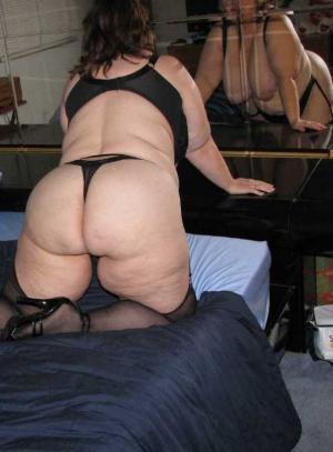 Große hübsche Milf Fotos - gratis Porno un Sex Bilder - Bild 1623
