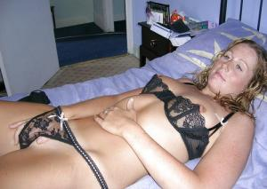spielen mit ihrem Muschi pornofotos - gratis Porno un Sex Bilder